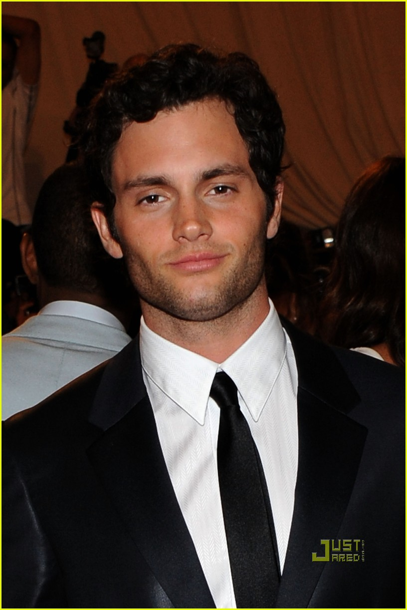 penn badgley met ball 2010 162448108
