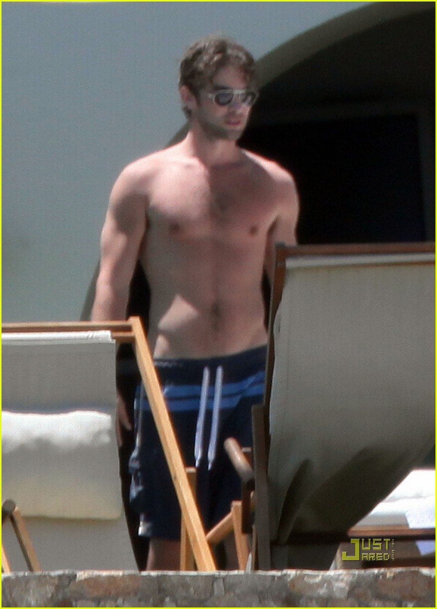 shirtless chace crawford 052454954