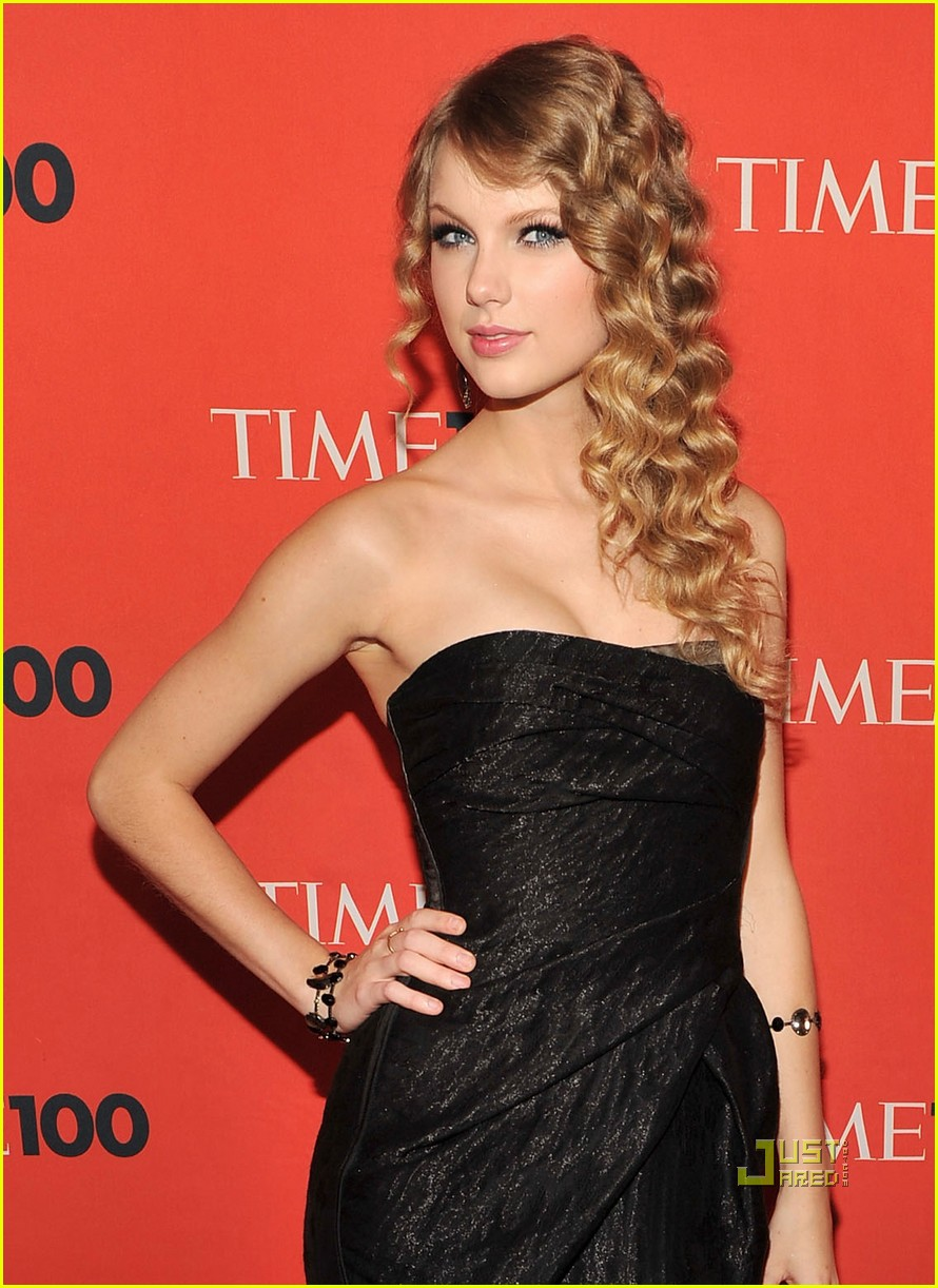 Taylor Swift Time Gala on Red Carpet Reporter