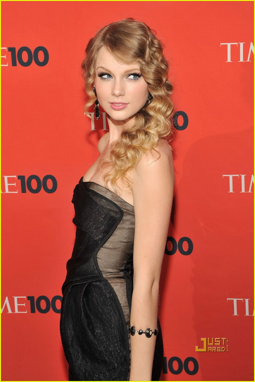 taylor swift time 100 gala 032448171