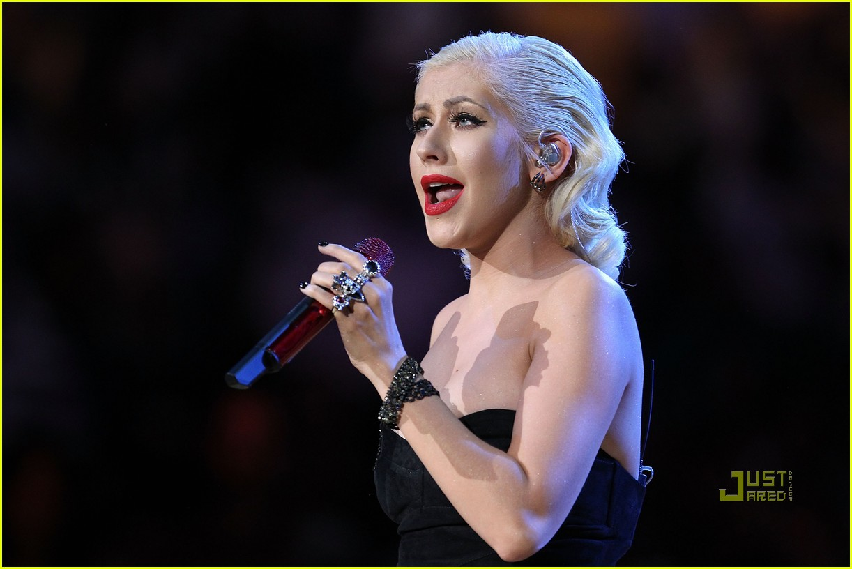 Christina Aguilera Talks New Music, Says Shes Ready to