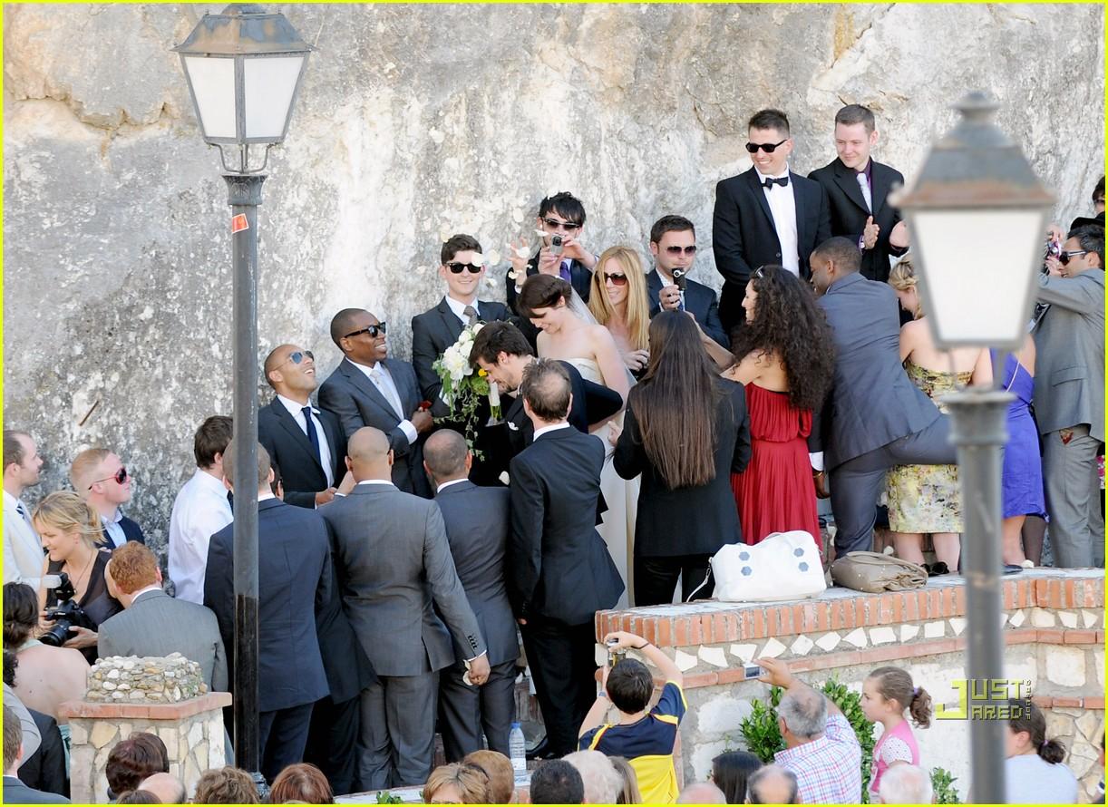 gemma arterton marries stefano catelli in spain 142457220