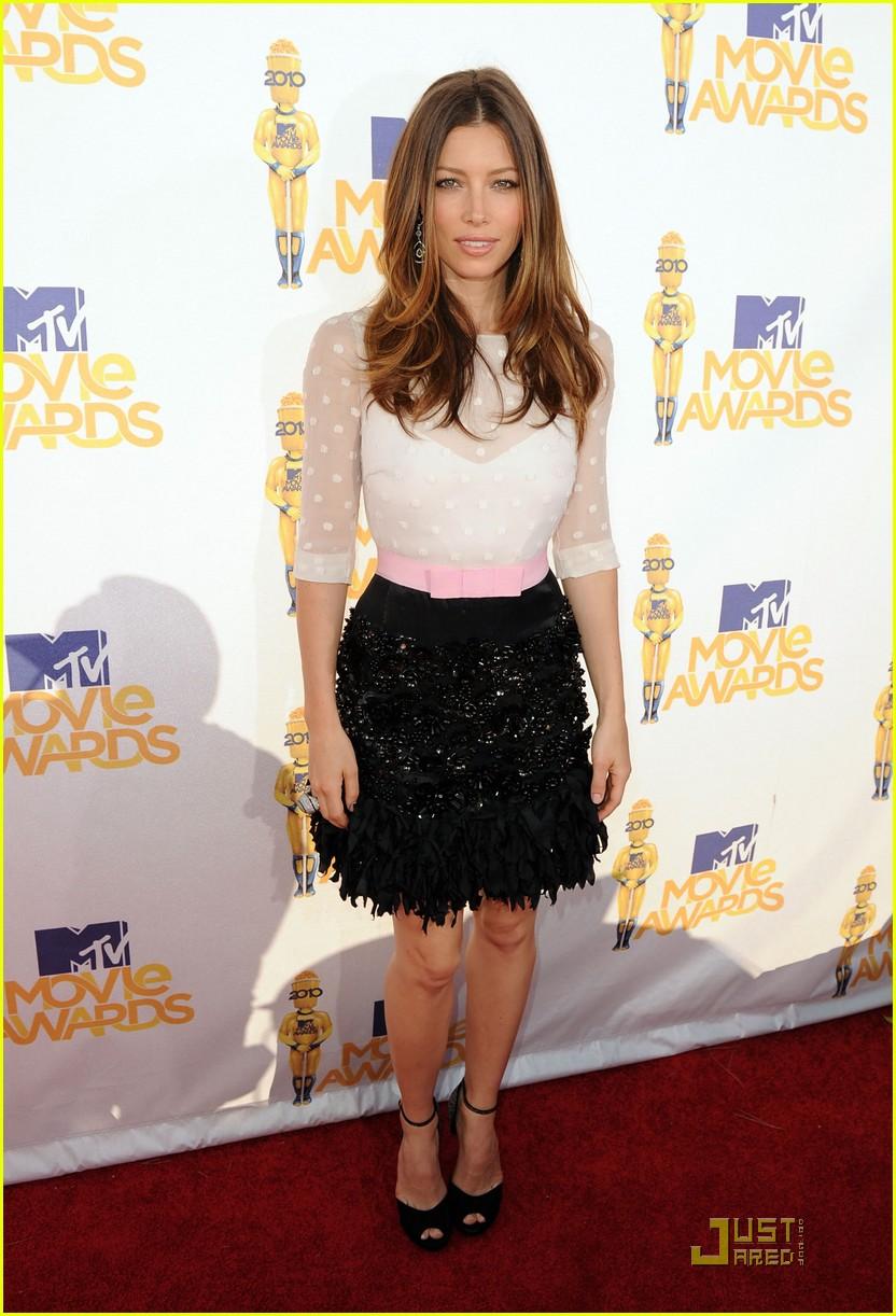 jessica biel mtv movie awards 2010 02