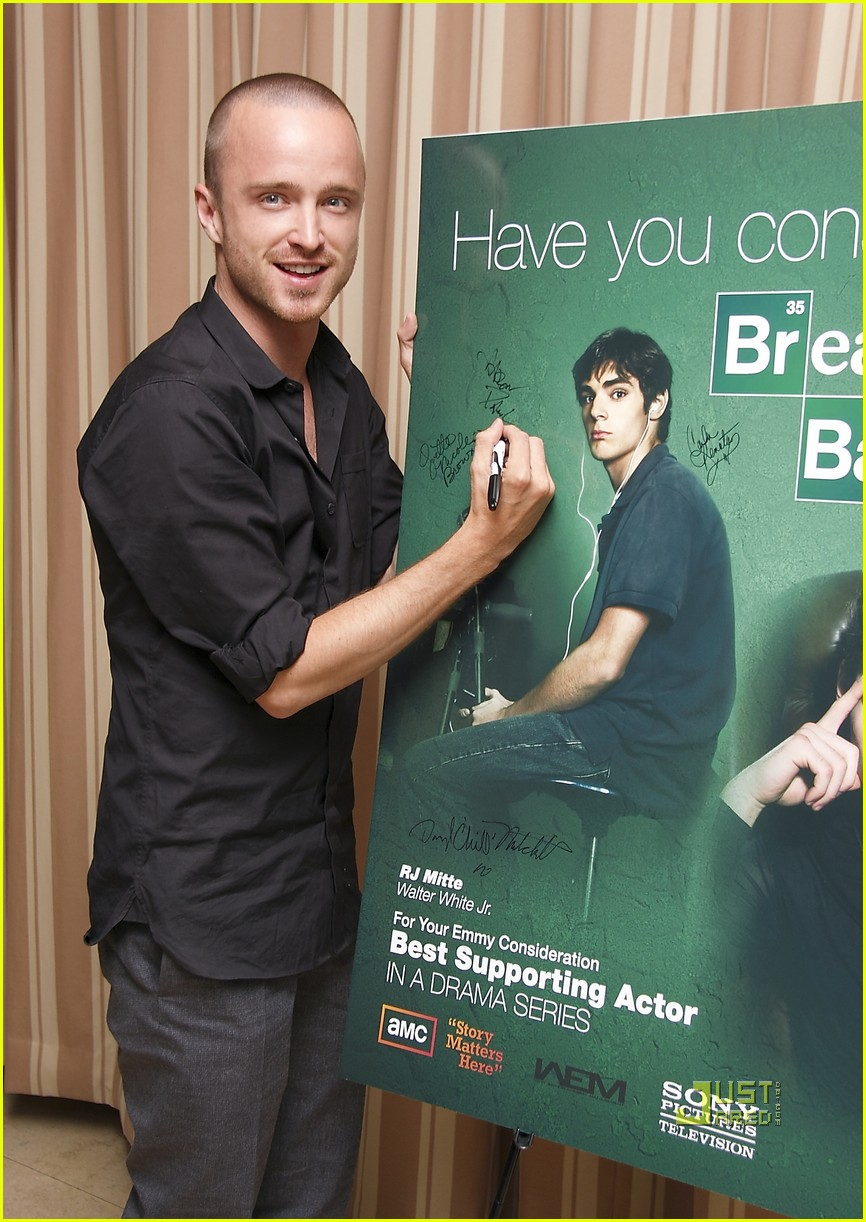 aaron paul breaking bad season 4 03