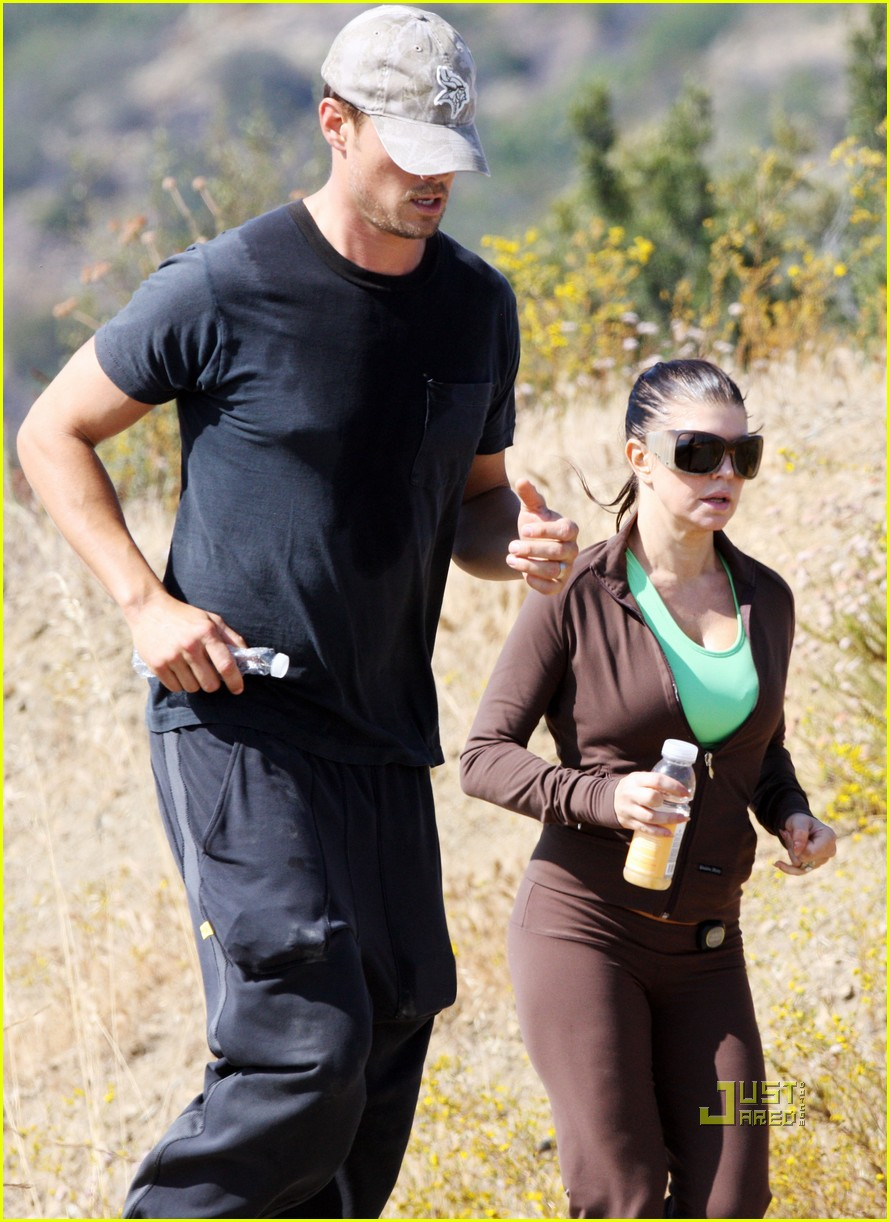 fergie josh duhamel jogging brentwood 11
