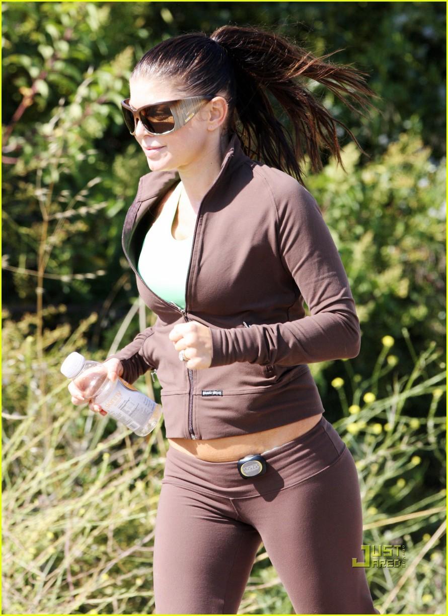 fergie josh duhamel jogging brentwood 122461910