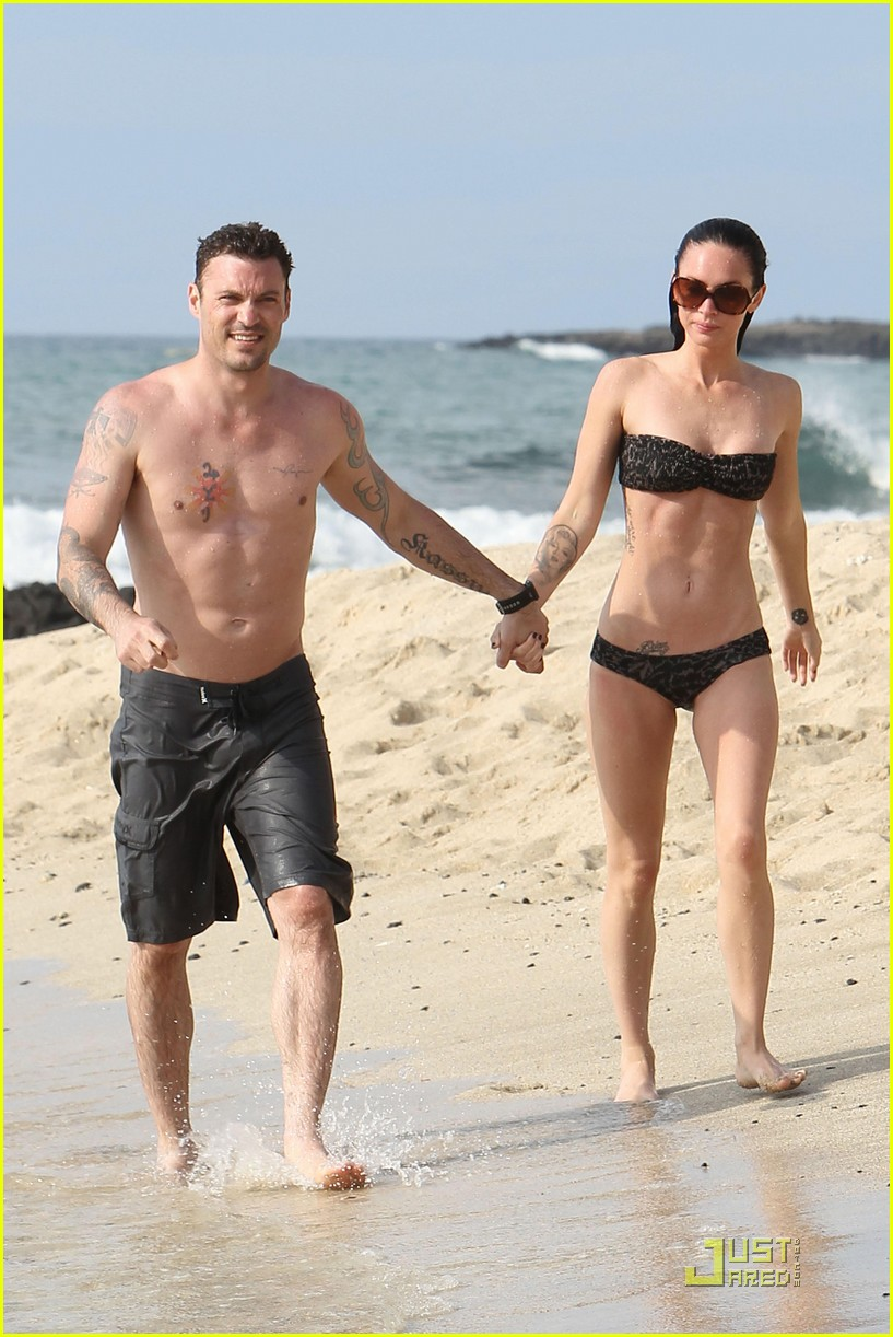 megan fox brian austin green kisses beach 012455612