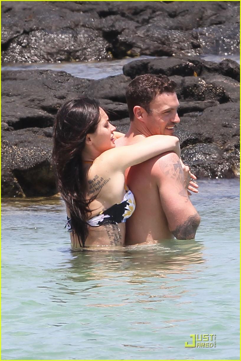 Brian Austin Green And Megan Fox Kissing