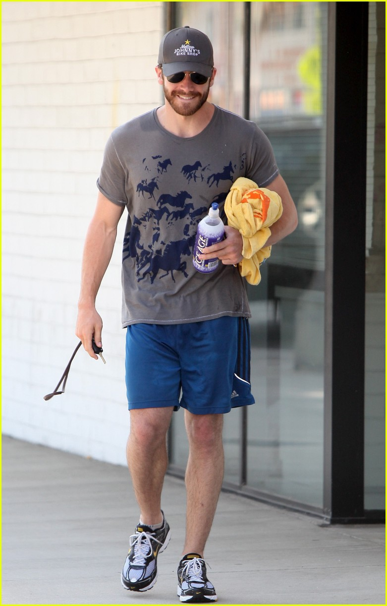 Full Sized Photo of jake gyllenhaal wild horses t shirt gym 03 | Photo ... Ryan Phillippe