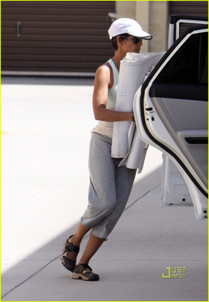 halle berry blueprints 022455768