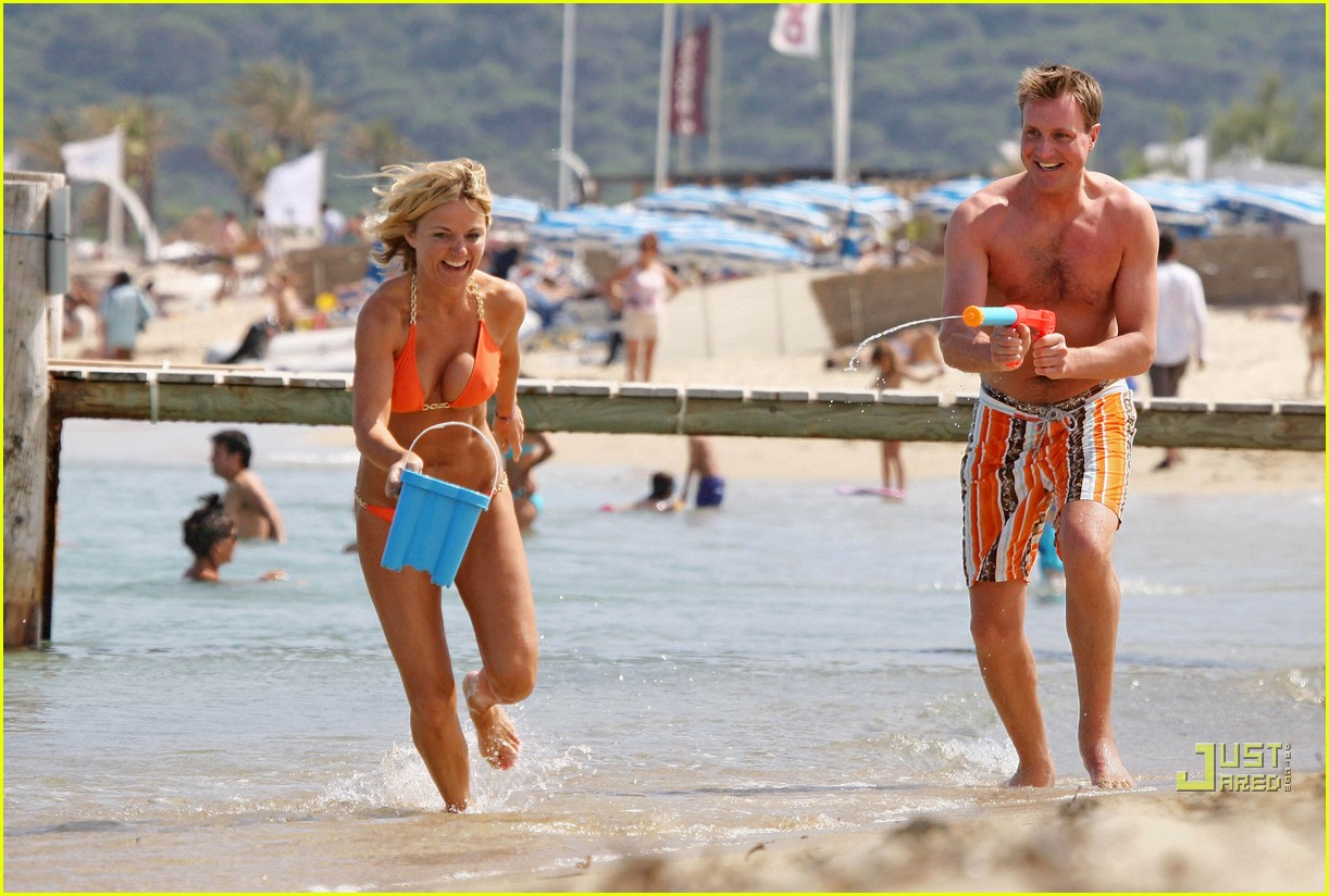 geri halliwell bikini babe 122460112