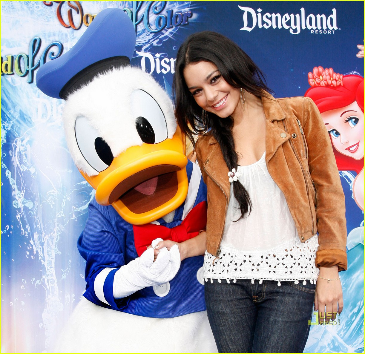 vanessa hudgens disneyland world of color 01