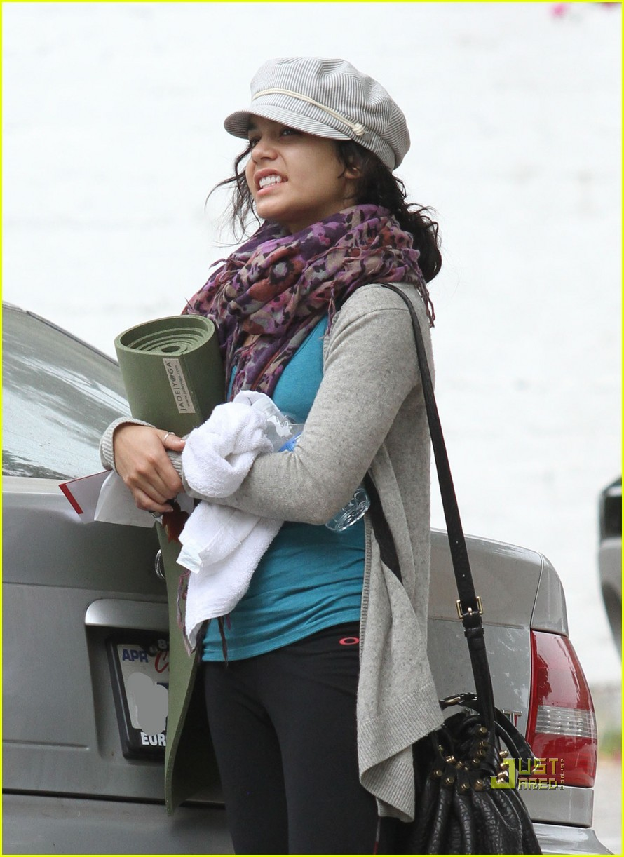 vanessa hudgens yoga ticket 092462684
