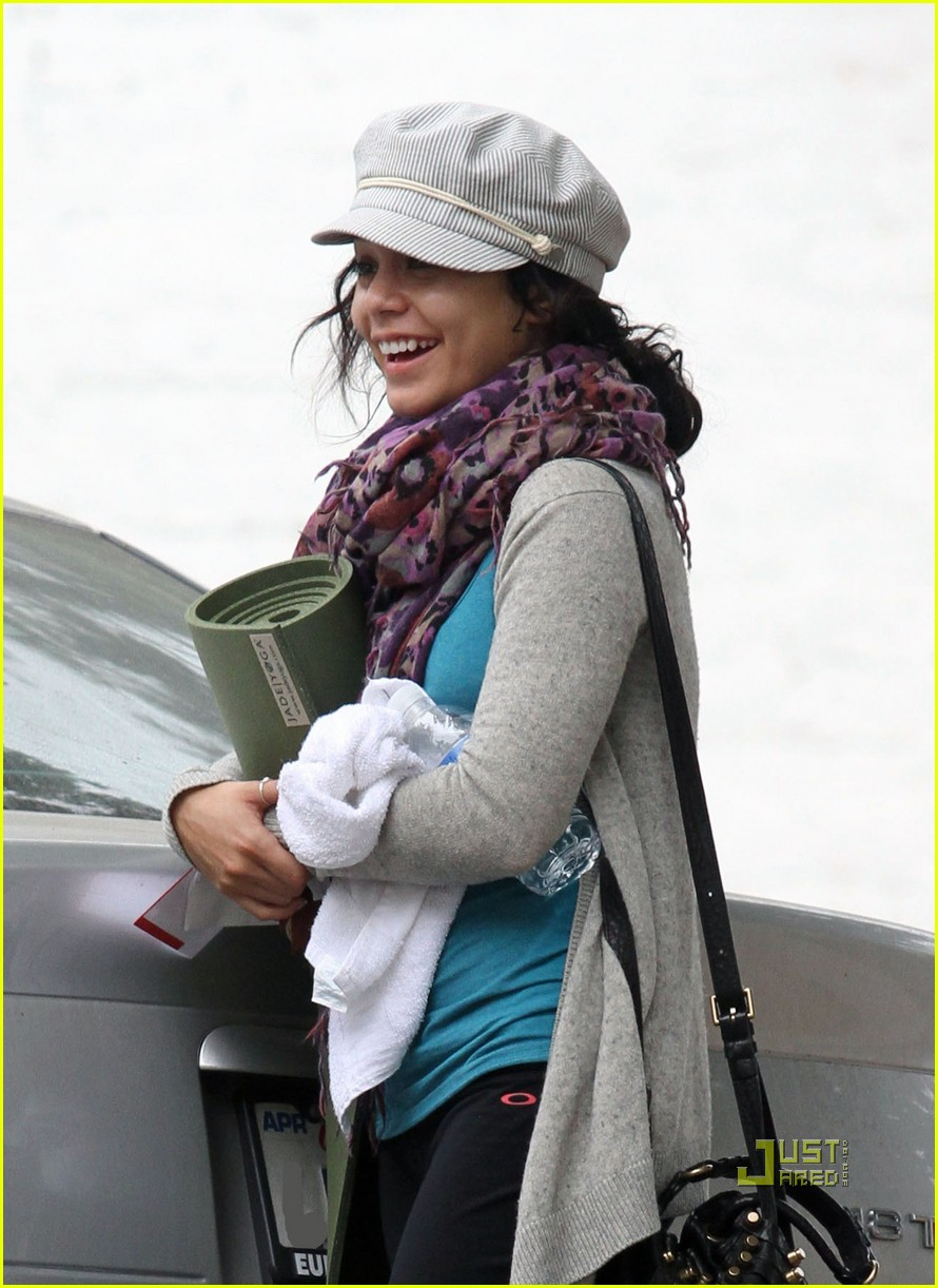 vanessa hudgens yoga ticket 11
