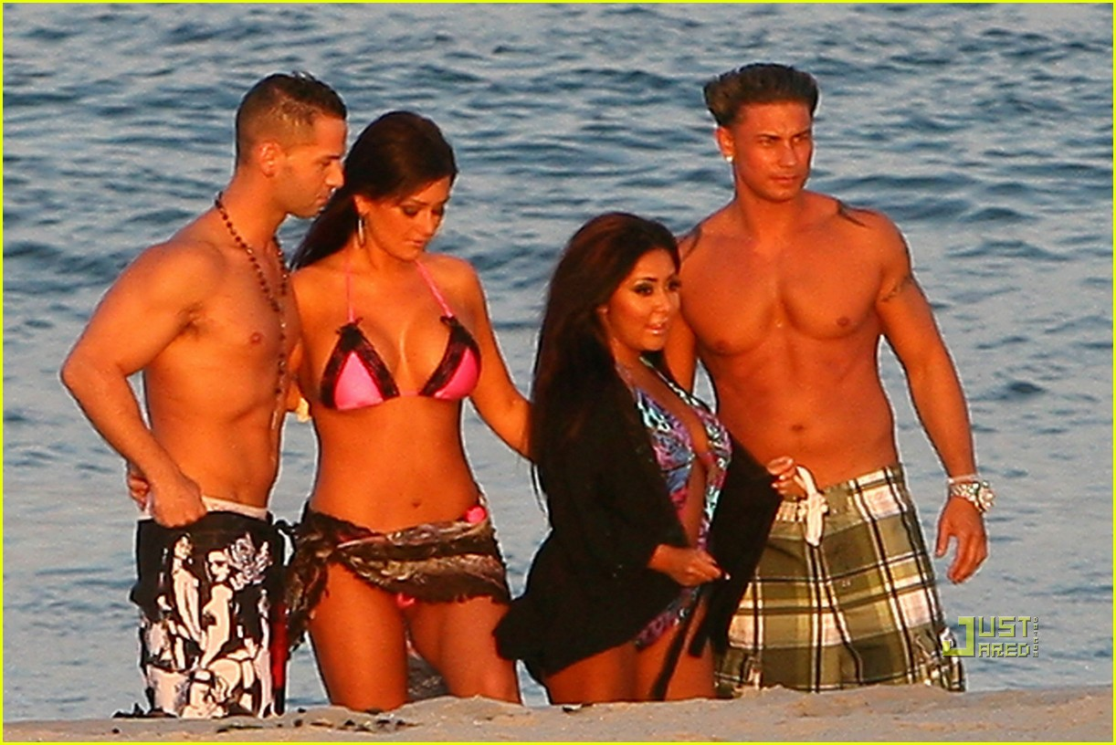jersey shore cast beach photo shoot 032461788