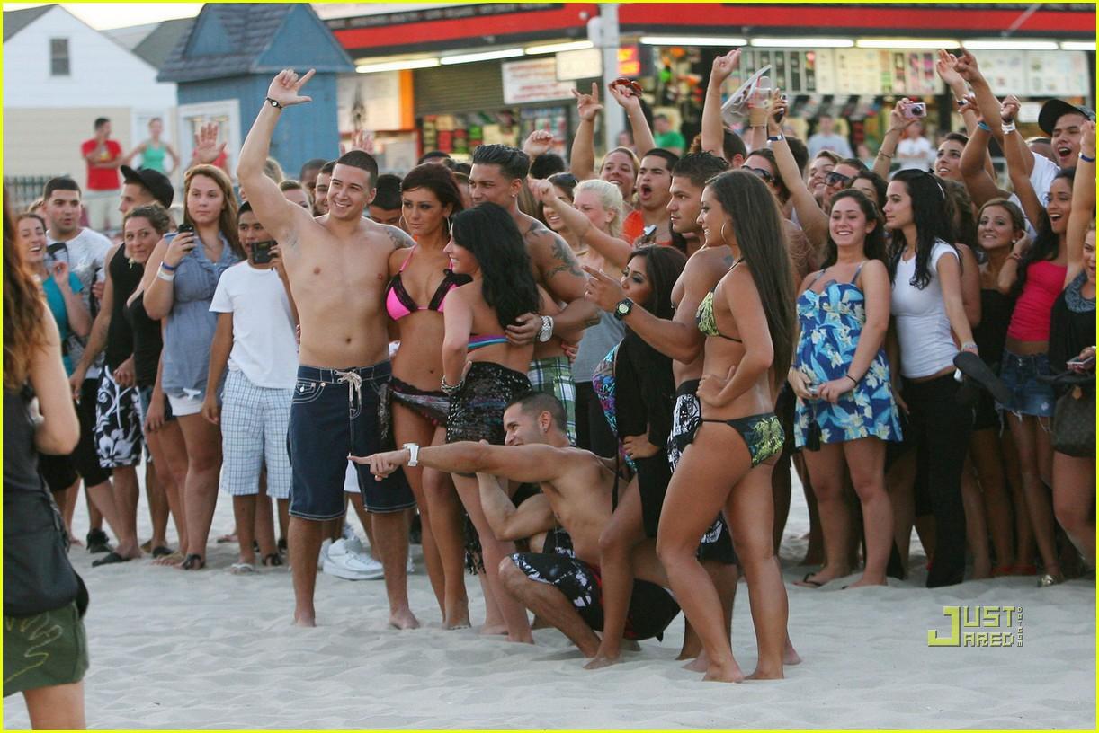 jersey shore cast beach photo shoot 142461799