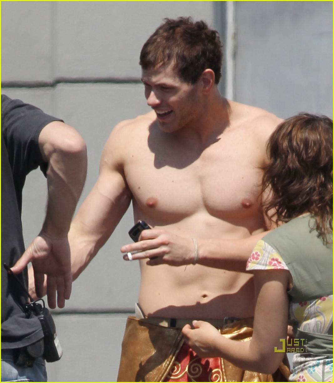 kellan lutz loincloth shirtless 12