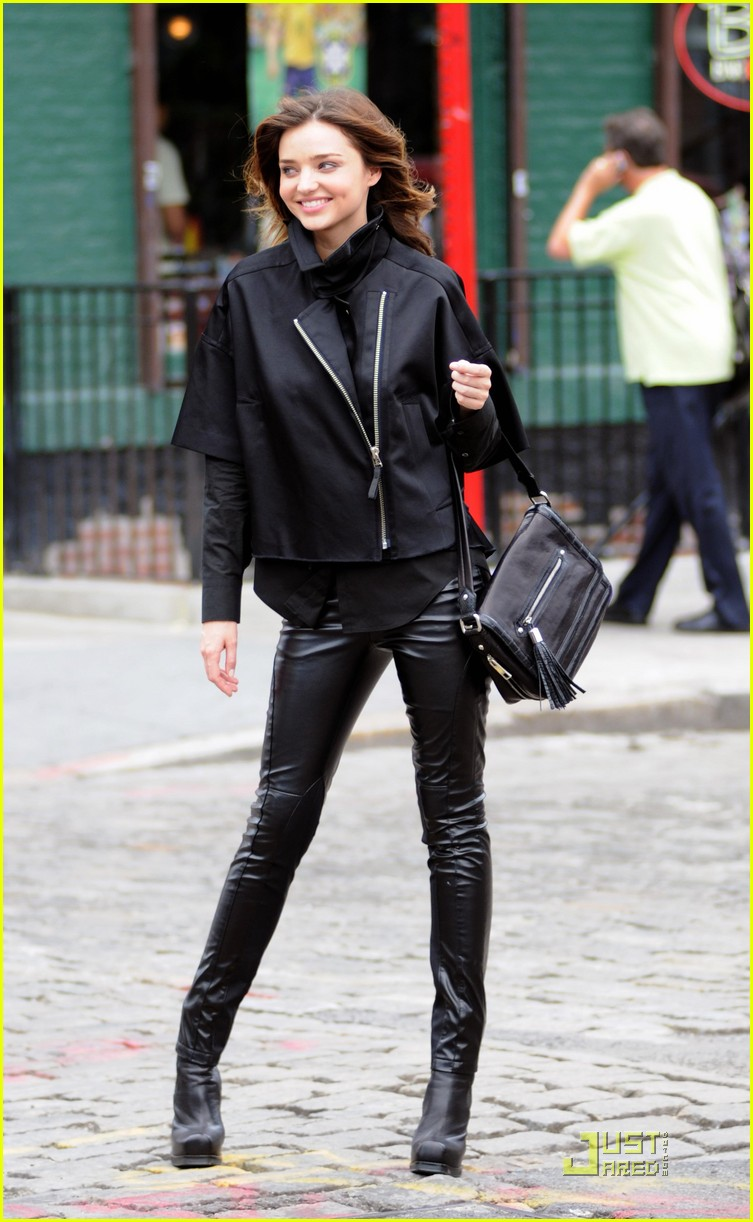 miranda kerr leather pants summer 122462444