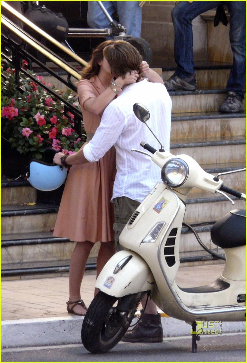 leighton meester luke bracey kiss 152462568
