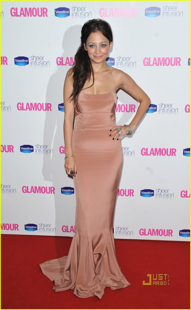 nicole richie glamour woman of the year awards 032457379