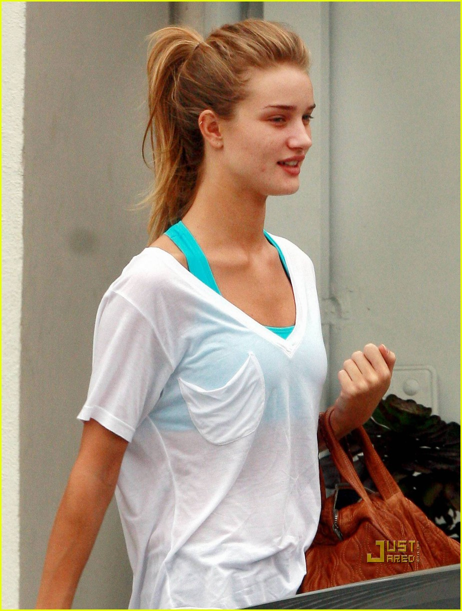 rosie huntington whiteley working out 082458369