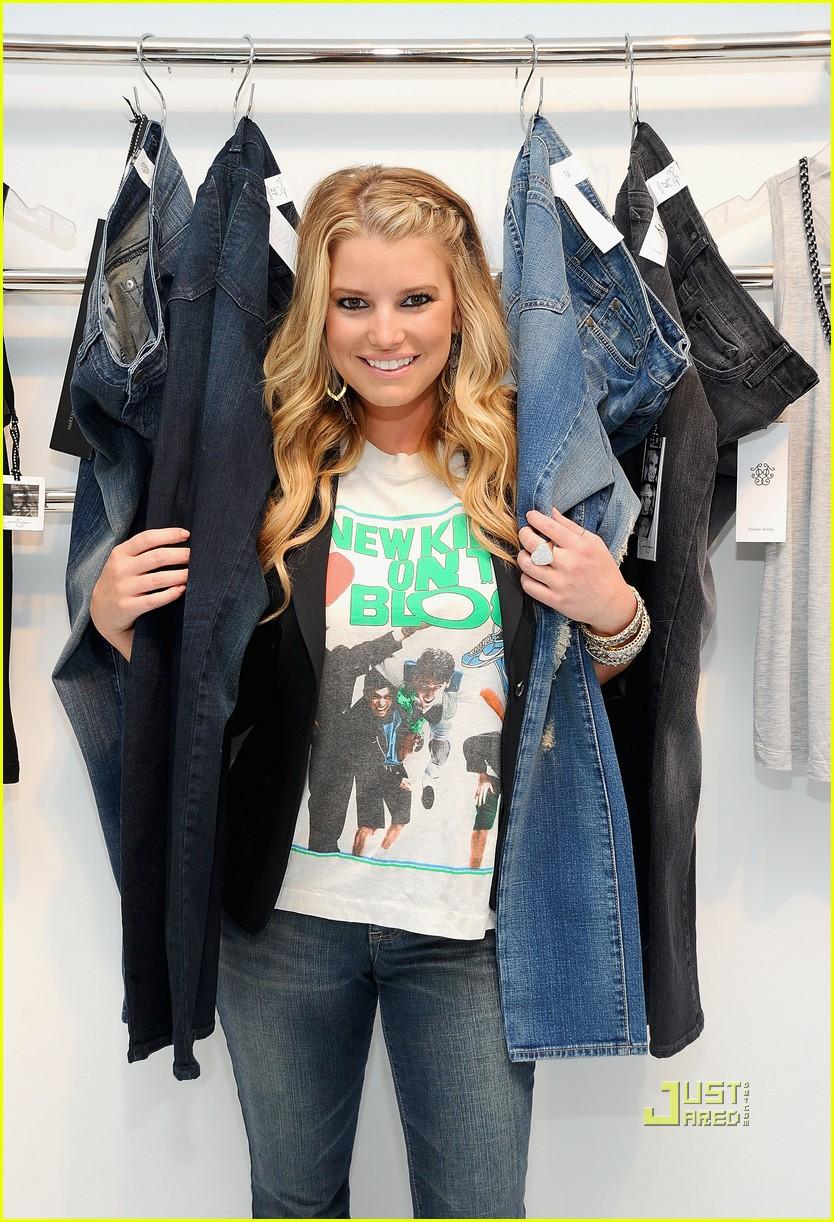 jessica simpson jeanswear 092460958