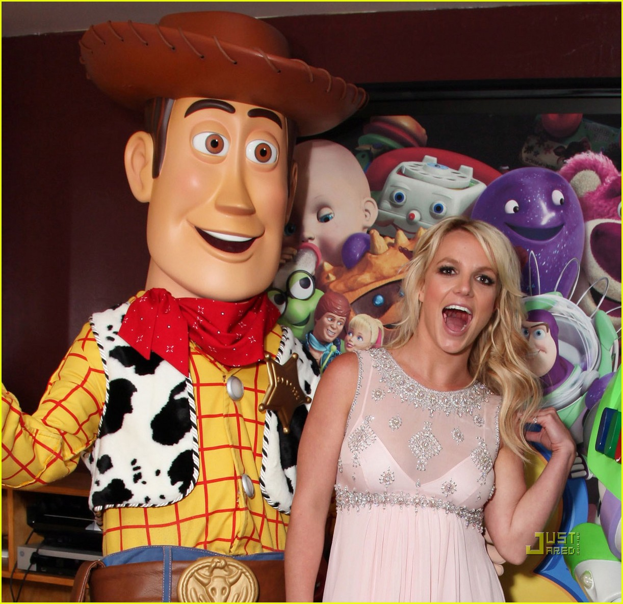 britney spears toy story 3 premiere042458617
