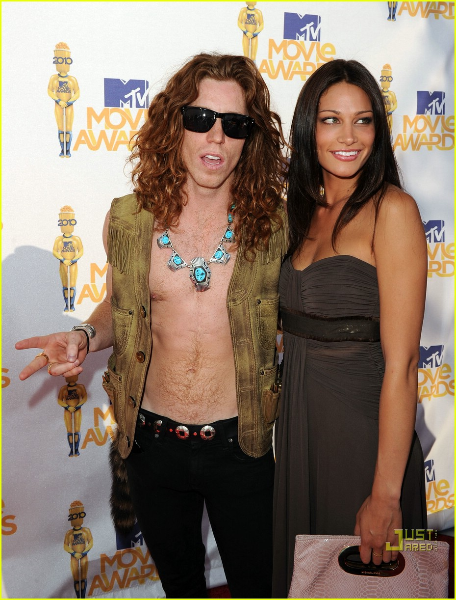 shaun white johnny weir mtv movie awards 2010 042456731