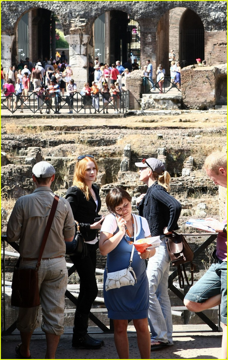 evan rachel wood rome tourist 022462422