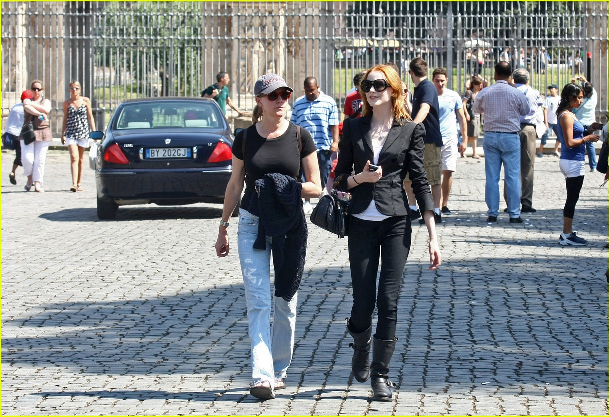 evan rachel wood rome tourist 082462428