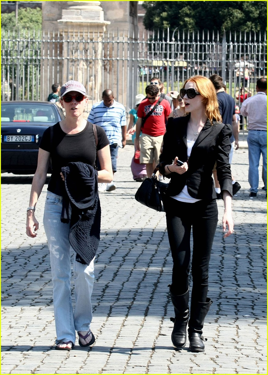 evan rachel wood rome tourist 11