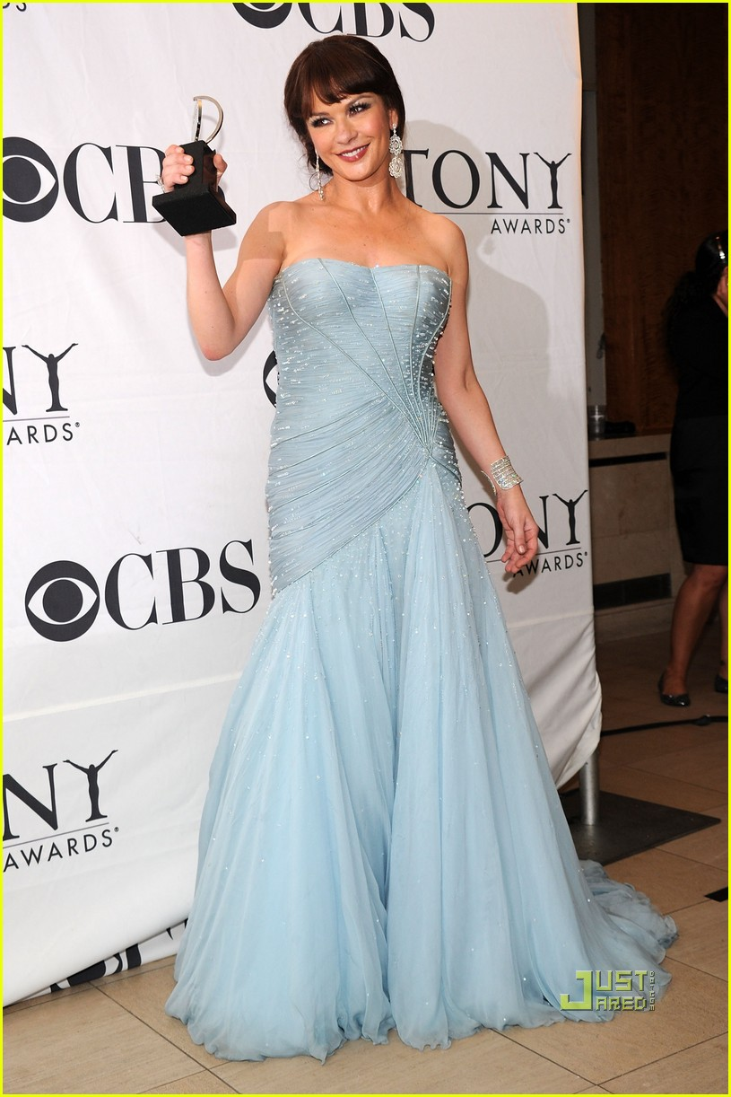 catherine zeta jones tony awards 2010 15