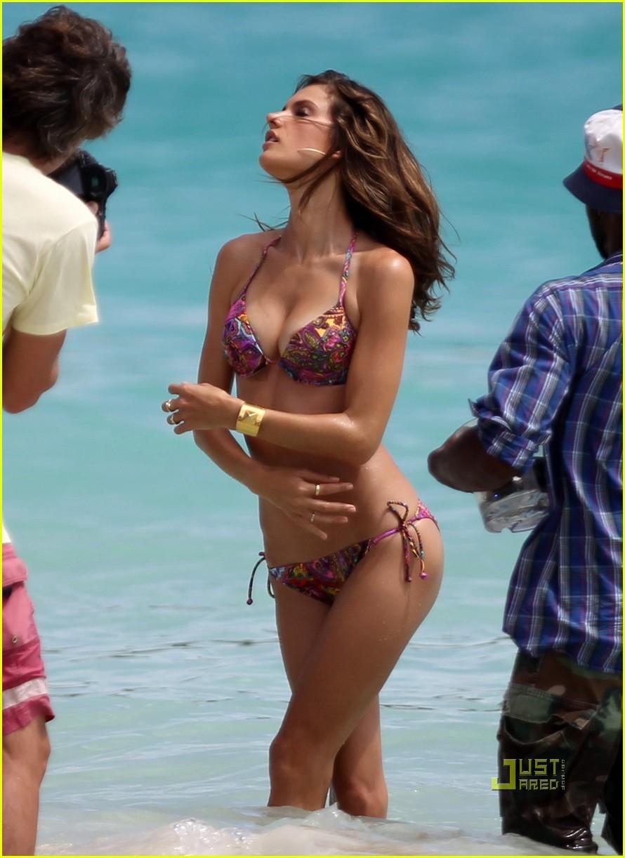 alessandra ambrosio bikini st barts 152468184