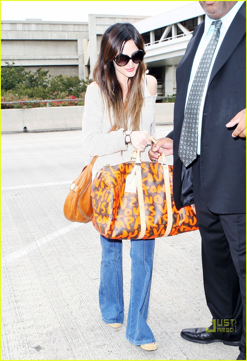 ashlee simpson lovely louis vuitton 112464475