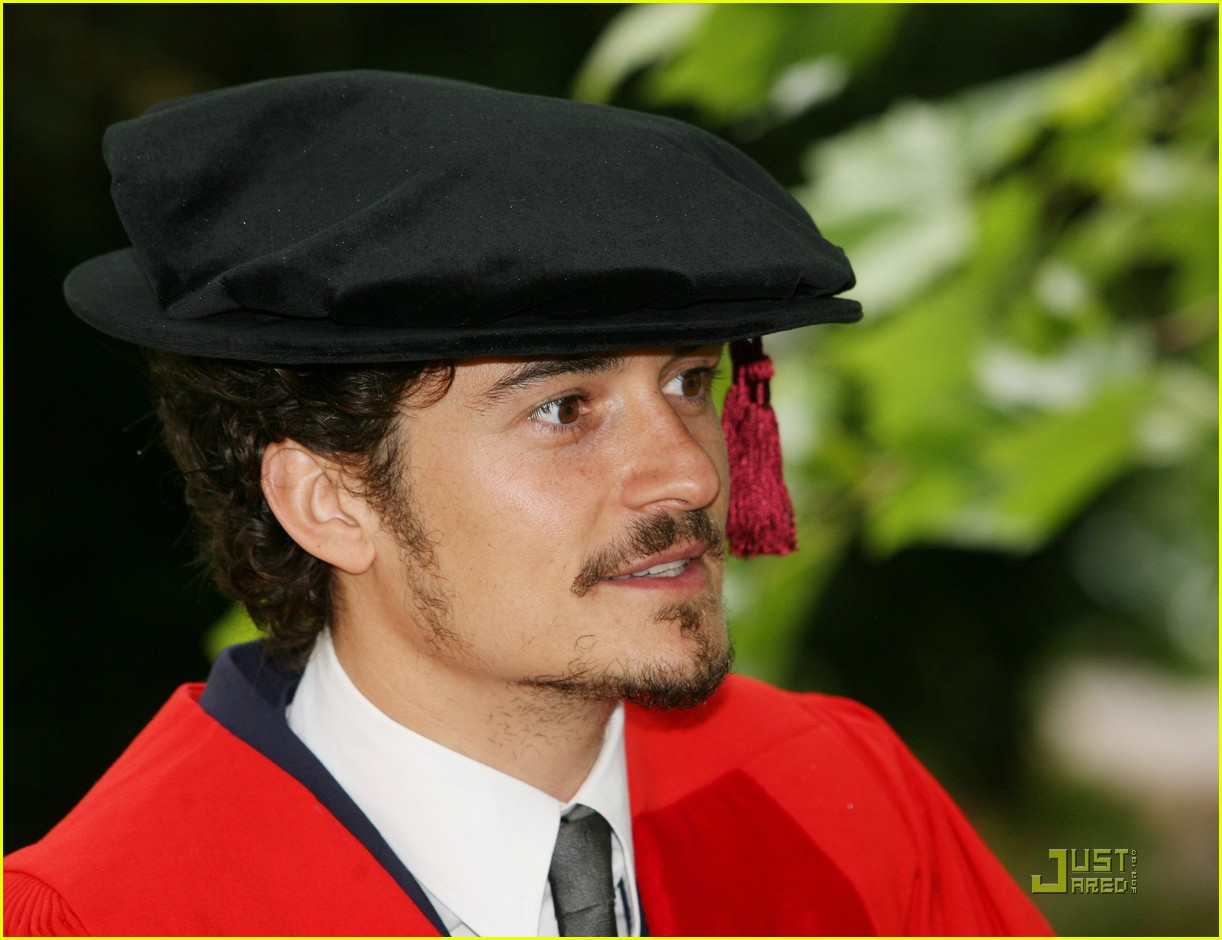 orlando bloom gets degree 022465734