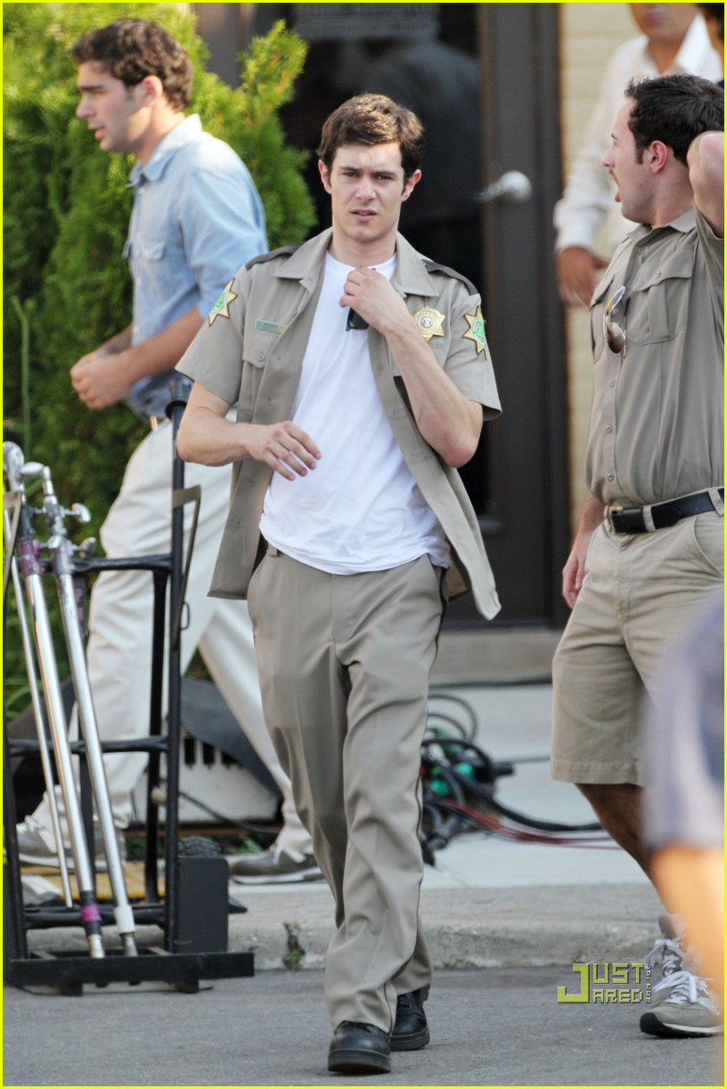 adam brody unbutton uniform scream 4 052464578