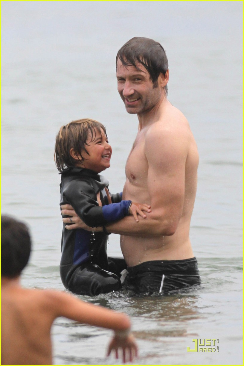 david duchovny shirtless independence 022463970