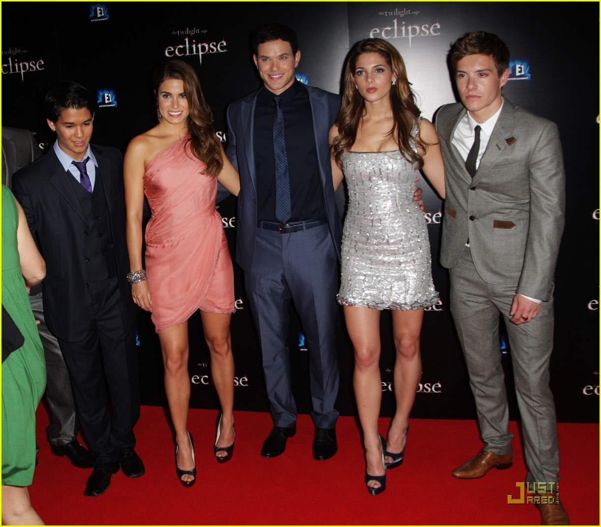twilight cast eclipse london premiere 14   Copy