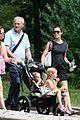 jennifer garner victor garber seraphina violet central park 06
