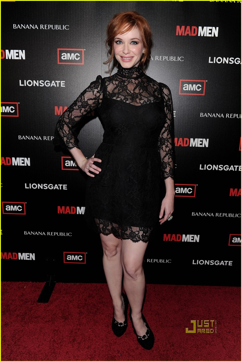 christina hendricks elisabeth moss vincent kartheiser mad men season 4 premiere 032467997