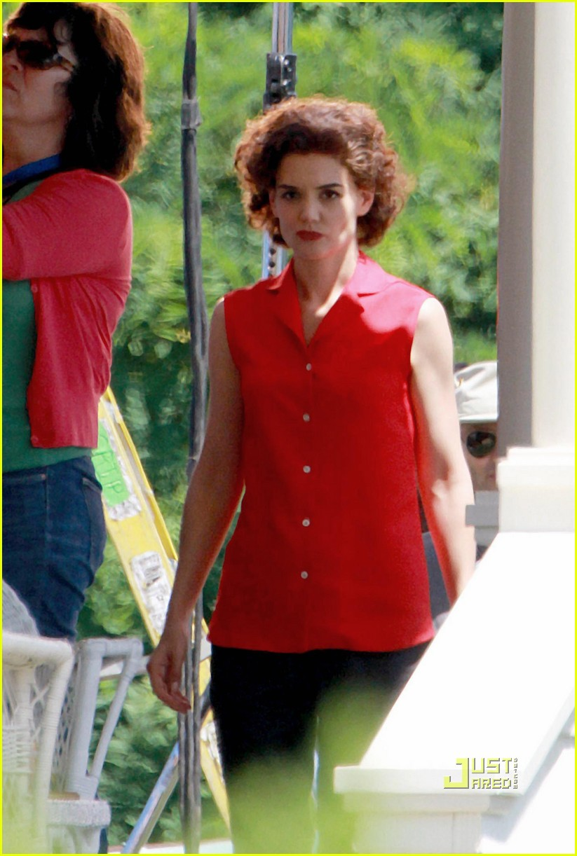 katie holmes the kennedys red top 042467564