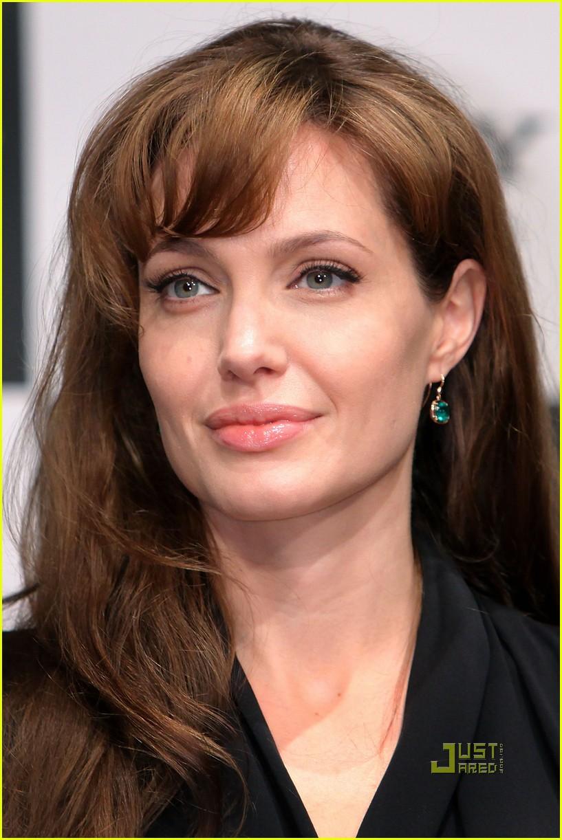 Angelina Jolie: Russia 'Salt' Photo Call!: Photo 2468822