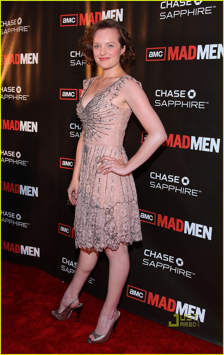 january jones elisabeth moss 02