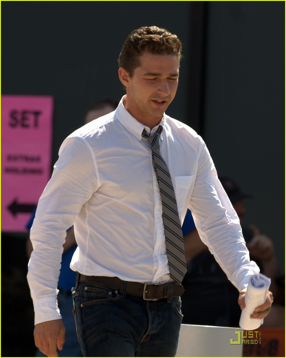 shia labeouf transform roll 012466243