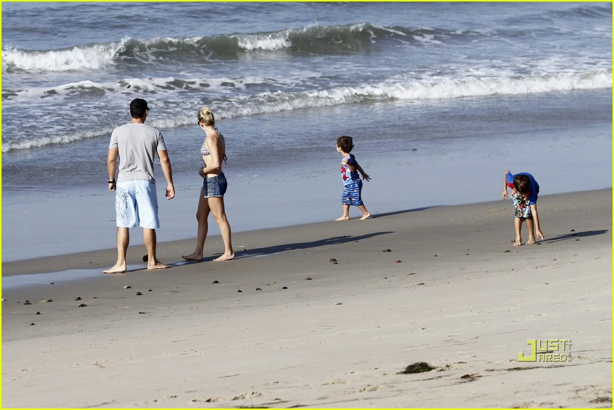 leann rimes eddie cibrian beach 112467228