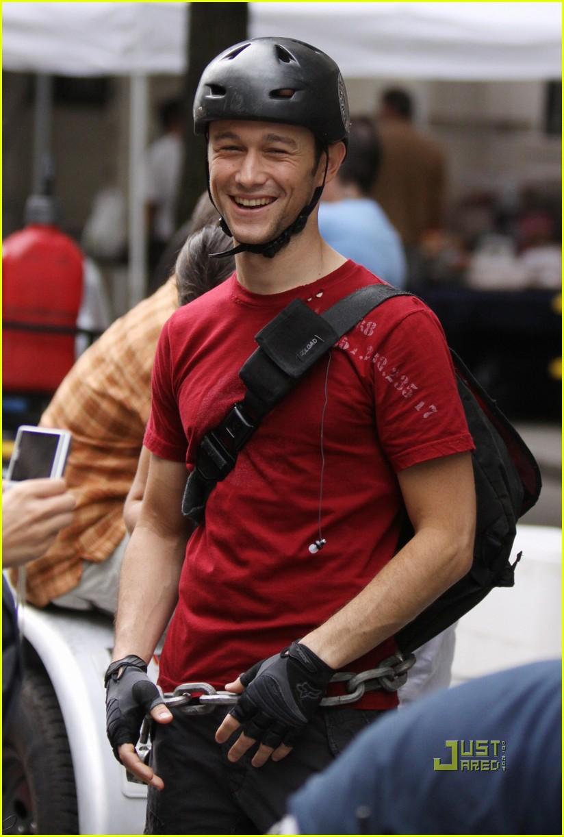 joseph gordon levitt premium rush biker 032467309