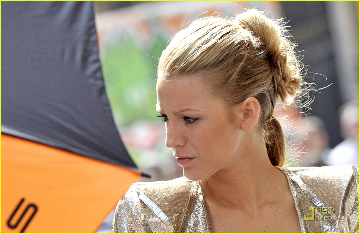 blake lively paris 062464116