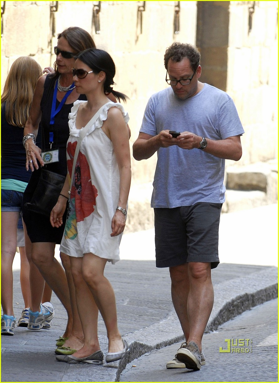 Noam Gottesman: Lucy Lius Boyfriend?: Photo 2465294
