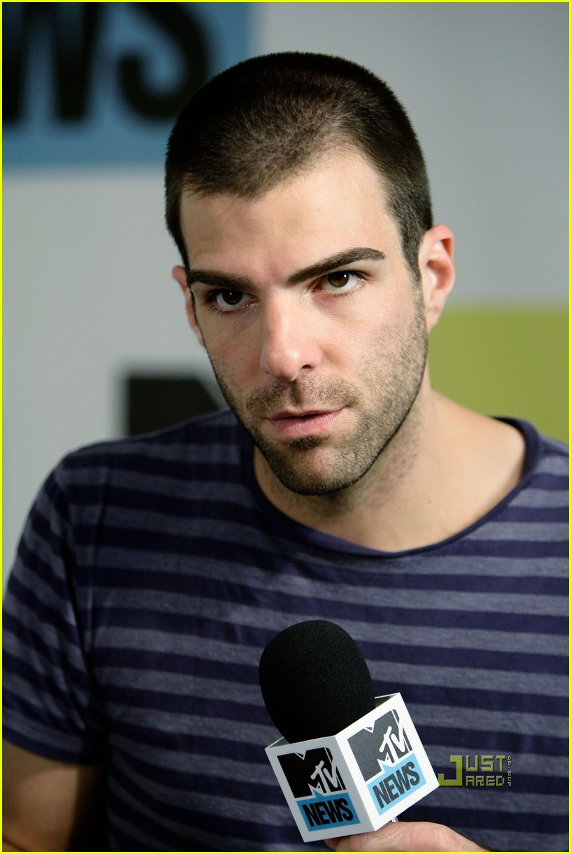 zachary quinto comic con 08