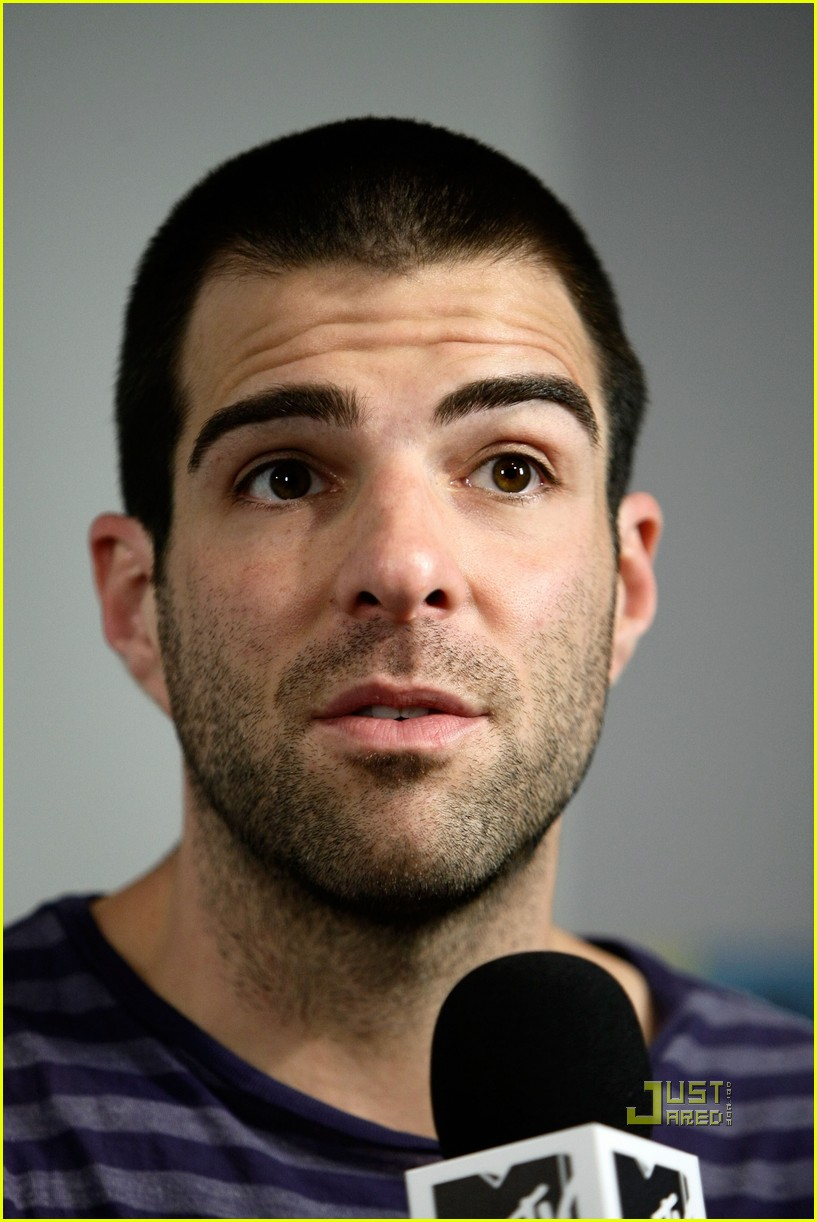zachary quinto comic con 11